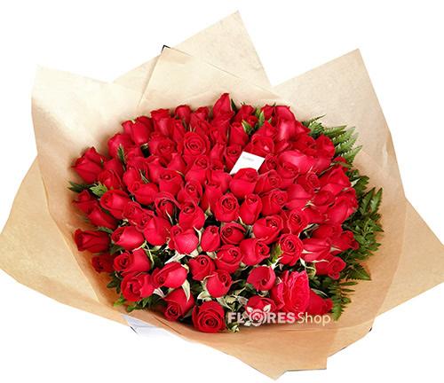 3280 Buquê gigante com 100 Rosas