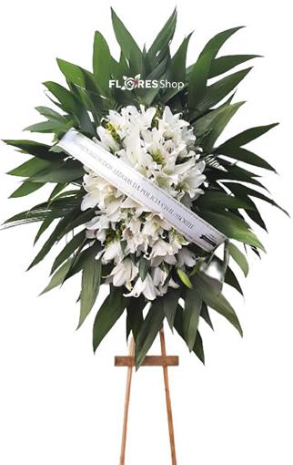 4660 Coroa Fúnebre Lírios Da Paz