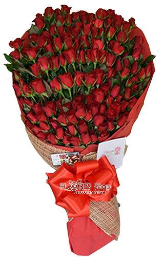 821 Ramalhete c/ 200 Rosas